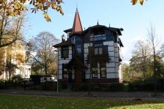 Groningen-166-Huis-in-chaletstijl-aan-Heeresingel
