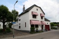 Ulestraten-en-Waterval-079-Huis-met-zonwering
