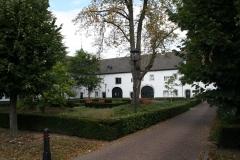 Born-013-Binnenplaats-Kasteel