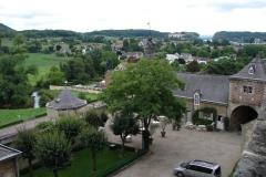 Vergezicht-met-Château-Neercanne 1