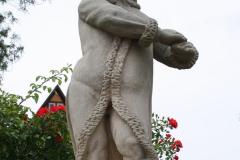 Harz-Quedlinburg-029-Schloss-Quedlinburg-Putto-in-park
