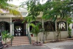 St.-Maarten-1086-Philipsburg-Pasanggrahan-Royal-Guest-House