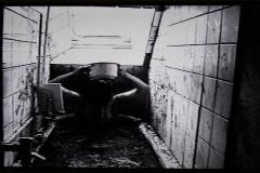 9-Chiharu-Shiota-1999-Bathroom