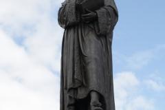 Delft-024-Standbeeld-Hugo-de-Groot-Grotius