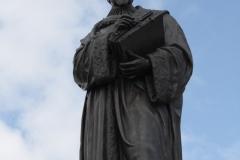 Delft-025-Standbeeld-Hugo-de-Groot-Grotius