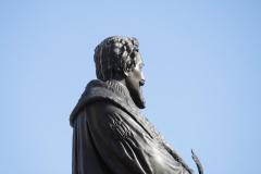 Delft-091-Standbeeld-Hugo-de-Groot