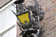 Den-Bosch-Binnendieze-061-Lamp-bij-carnavalsmuseum