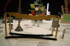 2017-03-09-Sted-Mus-144-De-laatste-avant-garde-Radicaal-design-in-Italië-1966-1988-Tafel