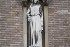 Den-Bosch-160-Beeld-van-figuur-met-blinddoek-in-Jheronimus-Bosch-Art-Center