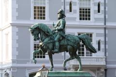Ruiterstandbeeld-Willem-van-Oranje-1
