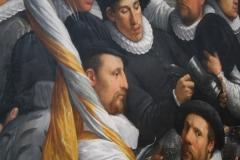 Cornelis-Cornelisz-van-Haarlem-1583-Feestmaal-van-een-korporaalschap-vd-Haarlemse-Cluveniersschutterij-2-detail