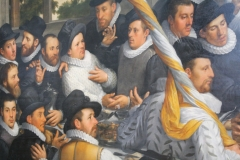 Cornelis-Cornelisz-van-Haarlem-1583-Feestmaal-van-een-korporaalschap-vd-Haarlemse-Cluveniersschutterij-3-detail