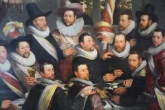 Cornelis-Cornelisz-van-Haarlem-1599-Feestmaal-van-de-officieren-vd-Cluveniersschutterij-2-detail