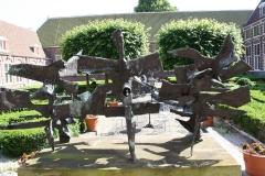 Frans-Halsmuseum-12-Binnenplaats-met-sculptuur