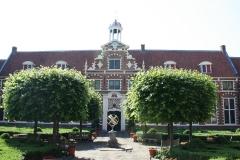 Frans-Halsmuseum-9-Binnenplaats-met-zonnewijzer