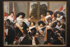 Frans-Hals-1627-Feestmaal-van-de-officieren-van-de-Cluveniersschutterij-2