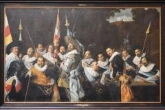 Frans-Hals-1633-Vergadering-van-officieren-en-onderofficieren-vd-Cluveniersschutterij-1
