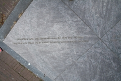 Haarlem-154-Sculptuur-A-Z-gedicht