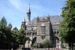 Gemeentehuis-Aachen-01