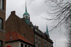 Maaseik-Toren-gemeentehuis-1