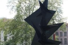 Grenoble-001-Standbeeld-voor-museum