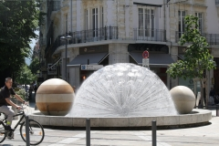 Grenoble-044-Plein-met-fontein
