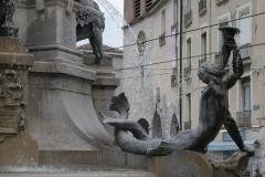 Grenoble-140-Vrijheidsbeeld-uit-1788-met-fontein