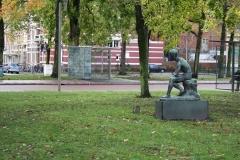 Frederik-Engel-Jeltsema-1960-Zittende-jongeling-1