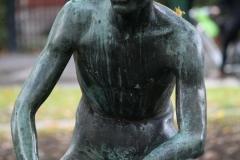 Frederik-Engel-Jeltsema-1960-Zittende-jongeling-5-detail