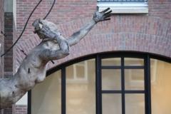 Plastiek-in-het-Waagstraatcomplex-7-detail