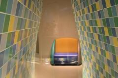 Groninger Museum 245 Doorkijkje met stoel op bovenste etage