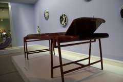 Groninger Museum 368 Jaime Hayon - Limousine Table