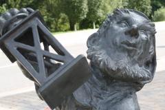 Harz-Wandeling-Altenbrak-Treseburg-101-Treseburg-Sculptuur-van-Jochen-Muller-detail