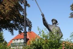 Harz-Wernigerode-005-Sculptuur-Lantaarnopsteker