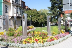 Harz-Wernigerode-008-Sculptuur-met-zuilen