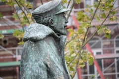 Hasselt-087-Standbeeld-Baron-Adrien-de-Gerlache-door-Gerard-Moonen-detail