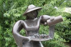 Hasselt-131-Het-Borrelvrouwke-detail