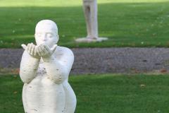 Beeldentuin-St.-Gerlach-047-Zittende-figuur