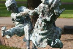 Beeldentuin-St.-Gerlach-064-Dansende-Kinderen