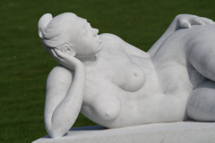 Beeldentuin-St.-Gerlach-134-Maria-Gamondi-Bather-detail