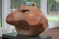 Henry Moore - 1967 - Sculpture with Hole and Light 2