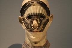 2018-04-11-Rotterdam-Kunsthal-133-John-Davies-1973-1975-Hoofd-met-schelpconstructie
