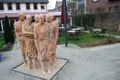 Maaseik-Beelden-in-de-Kloostertuin-9