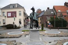 Maaseik-Rotonde-met-De-Vloeejekuning-6