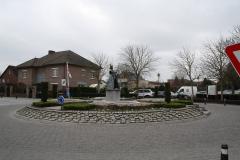 Maaseik-Rotonde-met-De-Vloeejekuning-8