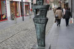 Maaseik-Standbeeld-De-Knapkoeker-1
