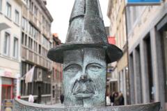 Maaseik-Standbeeld-De-Knapkoeker-4