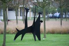 Alexander-Calder-1958-De-Hond-2