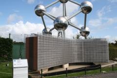 Brussel-0710-Mini-Europe-Gebouw-van-de-Europese-Commissie