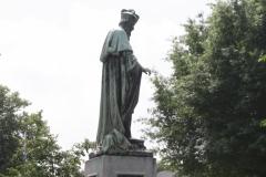 Nijmegen-021-Standbeeld-Ferdinandus-Hamer-bisschop-van-Tremite-Mongolië